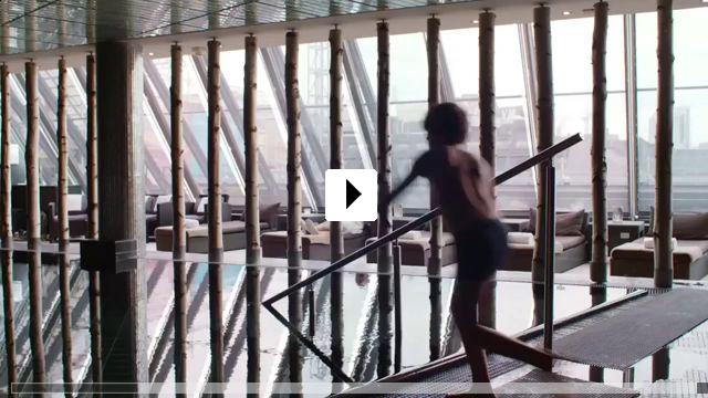 Zum Video: Grand Hotel