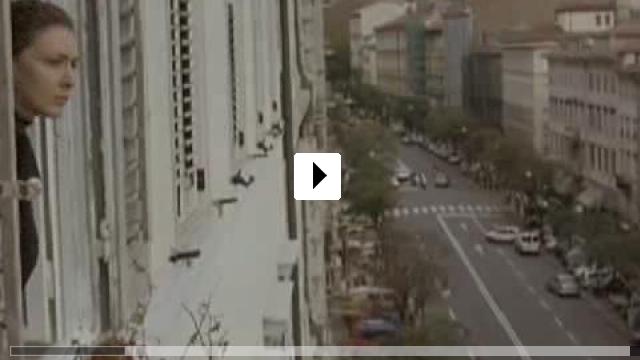 Zum Video: Die Unbekannte