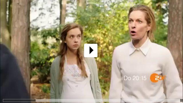 Zum Video: Ein schrecklich reiches Paar