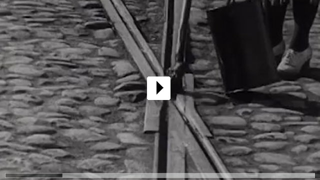 Zum Video: Der Mann mit der Kamera