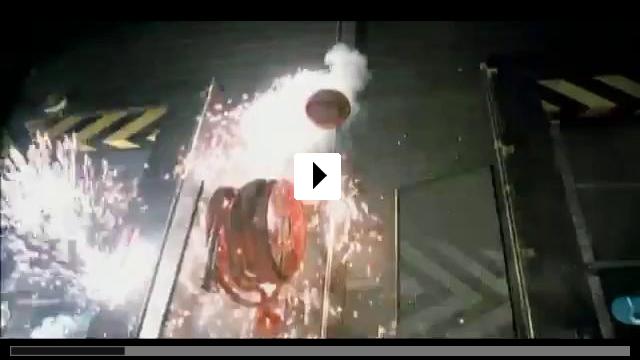 Zum Video: Das tödliche Wespennest