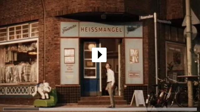 Zum Video: Robert Zimmermann wundert sich über die Liebe