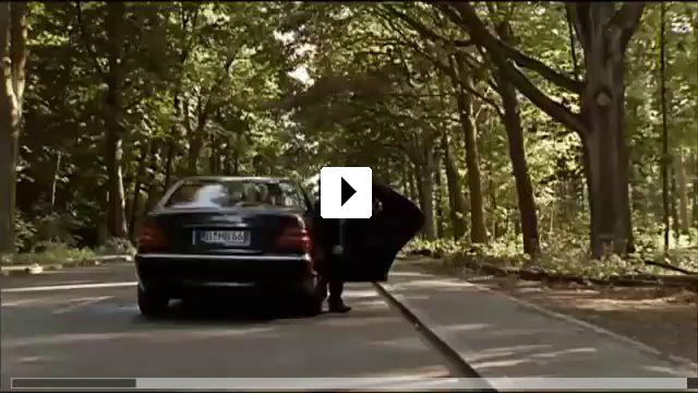 Zum Video: Im Angesicht des Verbrechens