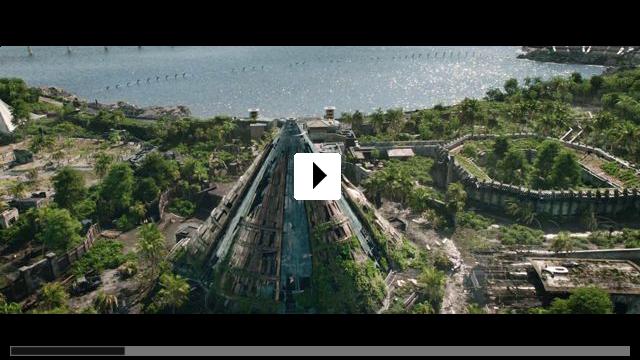 Zum Video: Jurassic World 2: Das gefallene Königreich