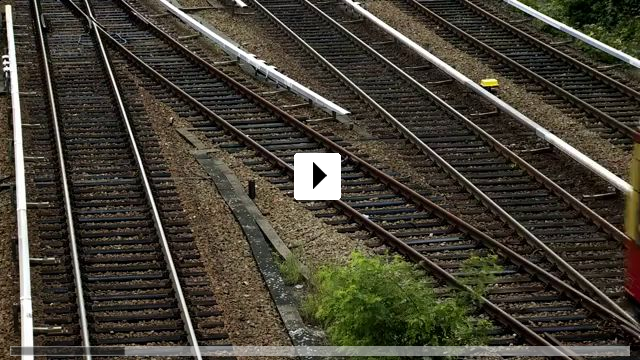 Zum Video: BERLIN - layers of movement