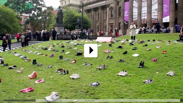 Zum Video: Unrest