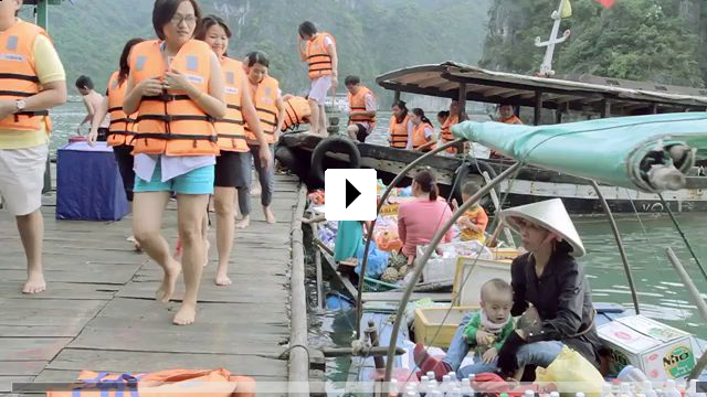 Zum Video: Farewell Halong
