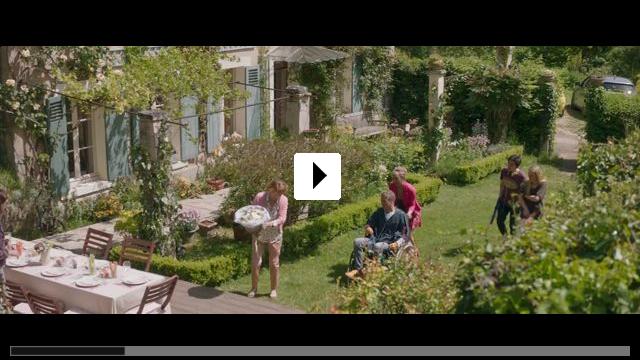 Zum Video: Liebe bringt alles ins Rollen