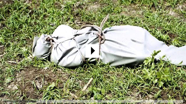 Zum Video: Fly Rocket Fly - Mit Macheten zu den Sternen