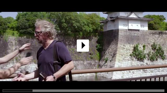 Zum Video: Breakdown in Tokyo