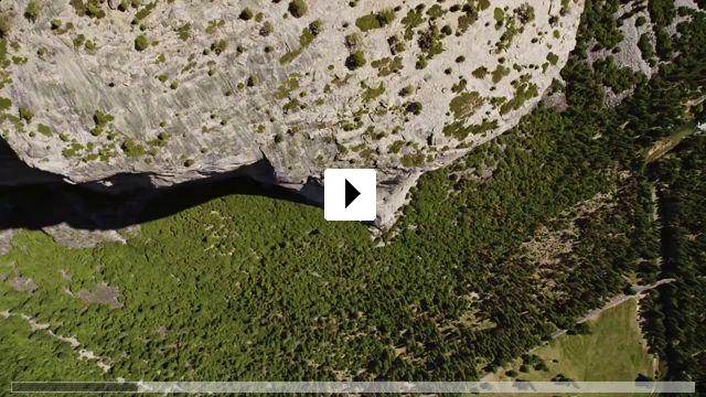 Zum Video: Durch die Wand