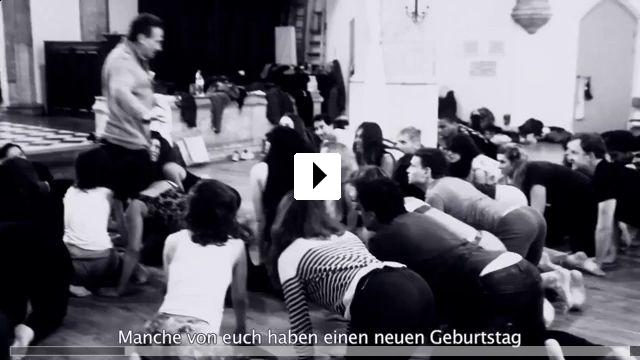 Zum Video: Pink Elephants