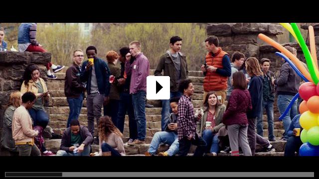 Zum Video: Plötzlich Familie