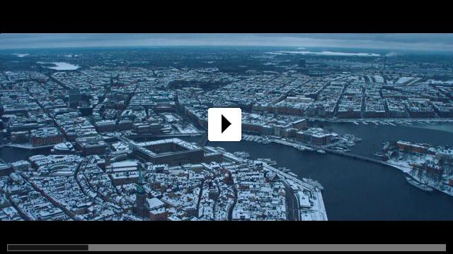 Zum Video: Die Frau des Nobelpreisträgers