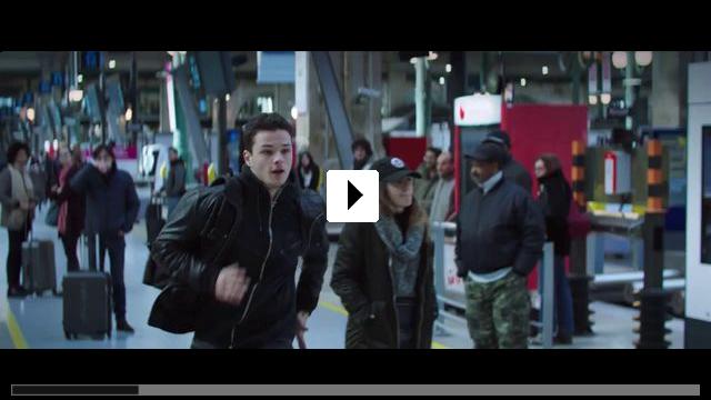 Zum Video: Der Klavierspieler vom Gare du Nord
