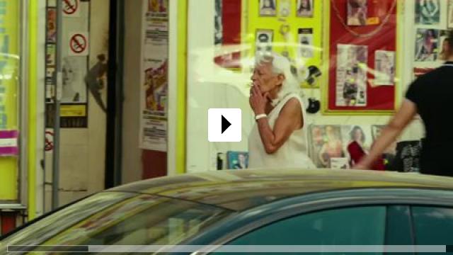 Zum Video: Frau Stern