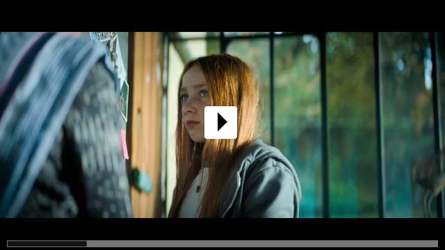 Zum Video: Invisible Sue - Plötzlich unsichtbar