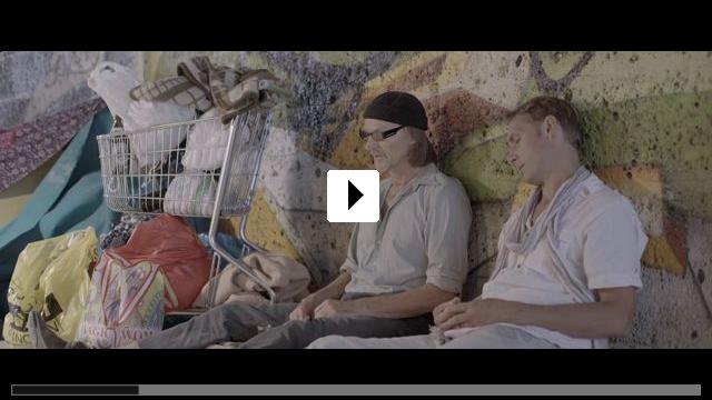 Zum Video: Schmucklos