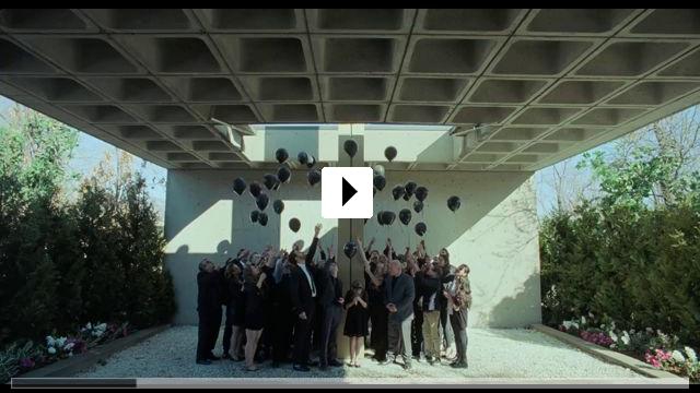 Zum Video: The Lodge