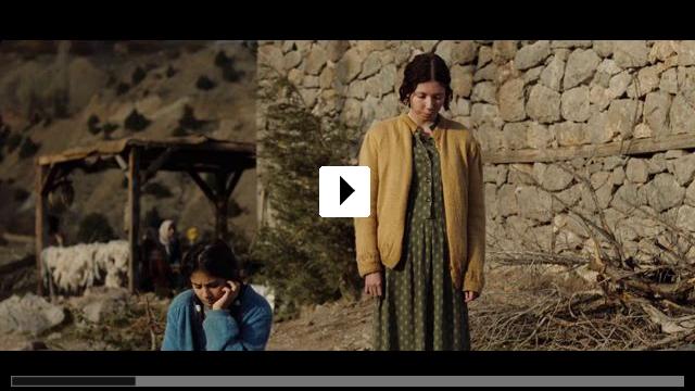 Zum Video: Eine Geschichte von drei Schwestern