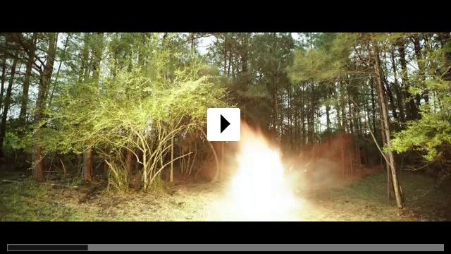 Zum Video: The Hunt