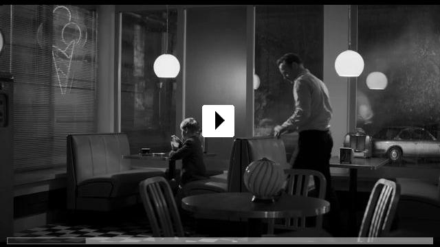 Zum Video: Der Geburtstag