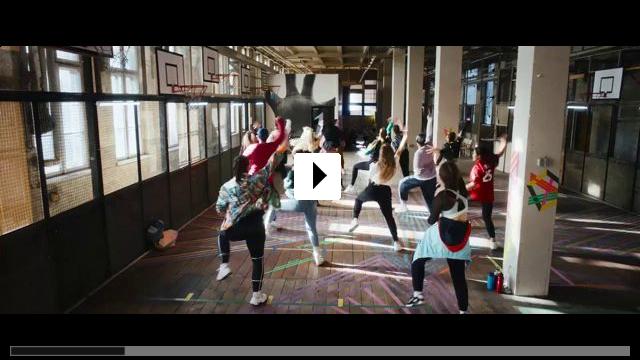 Zum Video: Into the Beat - Dein Herz tanzt
