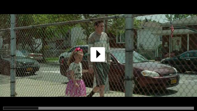 Zum Video: The King of Staten Island