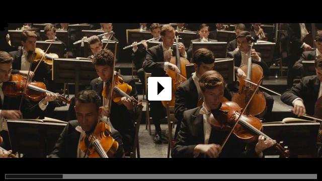 Zum Video: Die Dirigentin