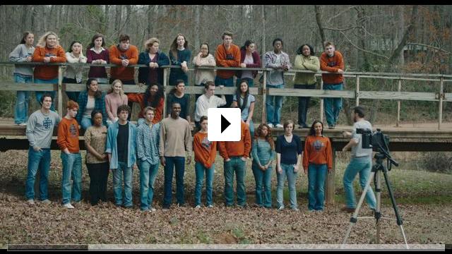 Zum Video: Yes, God, Yes   Böse Mädchen beichten nicht