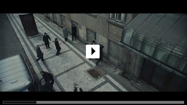 Zum Video: Der Spion