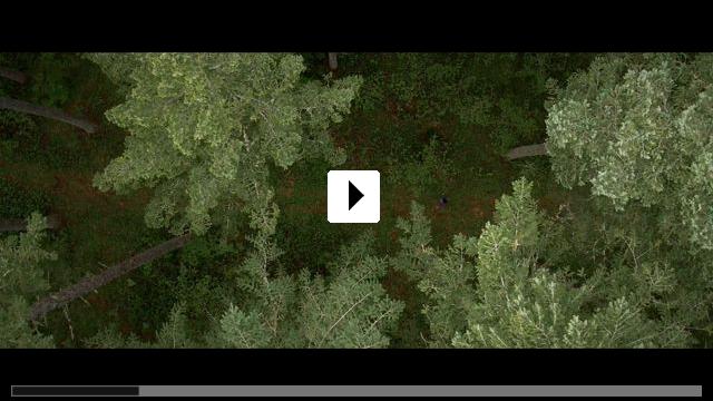Zum Video: Alone - Du kannst nicht entkommen