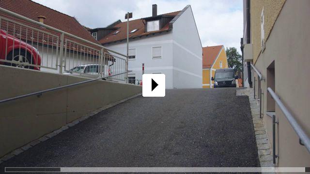 Zum Video: Anmaßung