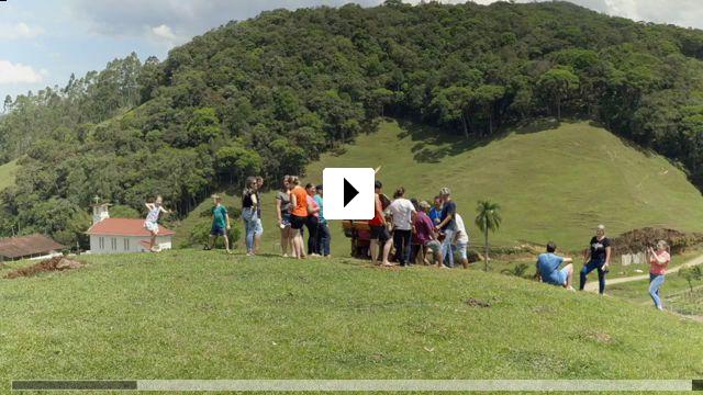 Zum Video: Bei den Kaffeepflückern in Brasilien