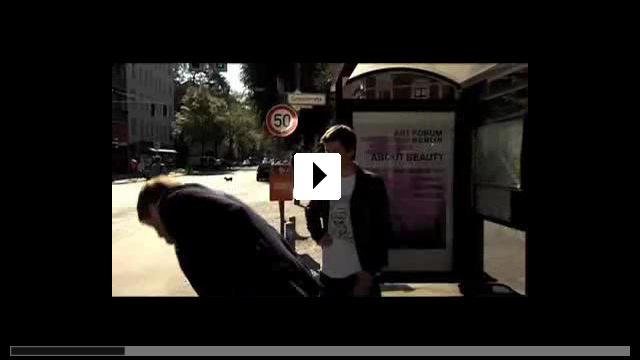 Zum Video: Helden aus der Nachbarschaft