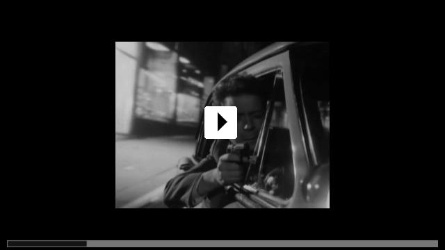Zum Video: Hände hoch oder ich schieße