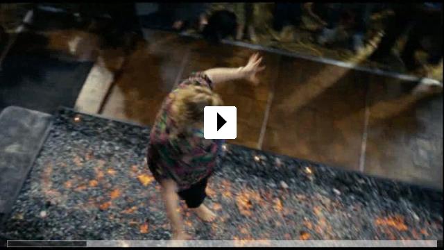 Zum Video: Love Happens
