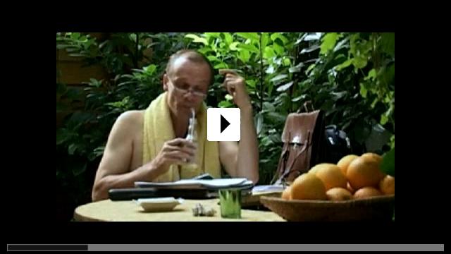 Zum Video: Im Schwitzkasten