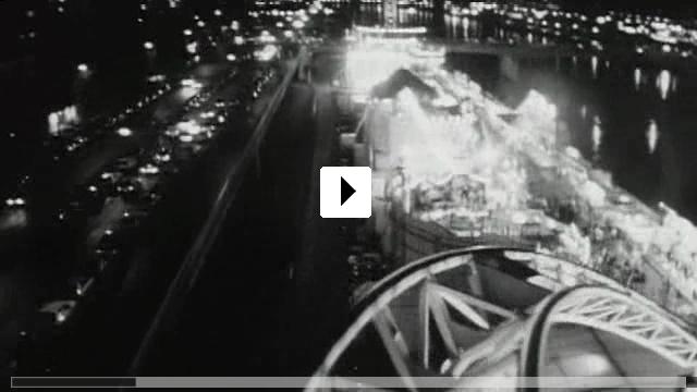 Zum Video: Die Frau auf der Brücke