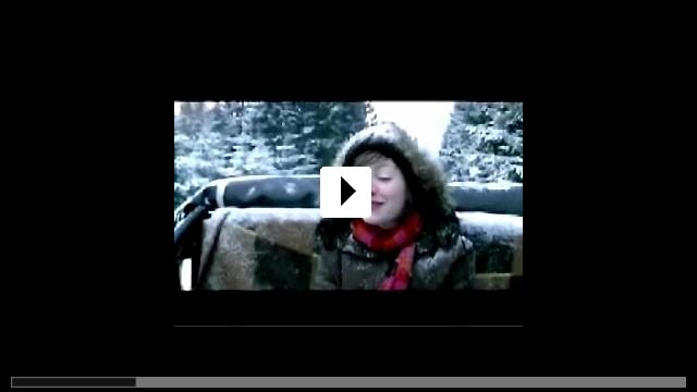 Zum Video: Mädchen am Sonntag