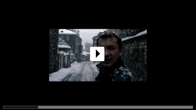 Zum Video: Uzak / Weit