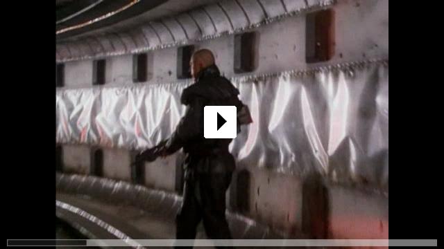 Zum Video: Dark Descent