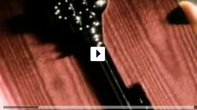Zum Video: The Skulls