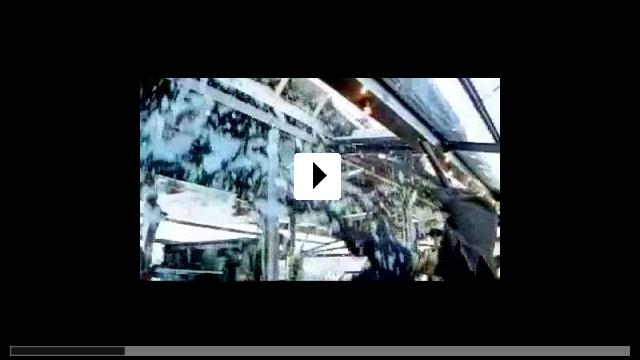 Zum Video: Kiss of the Dragon