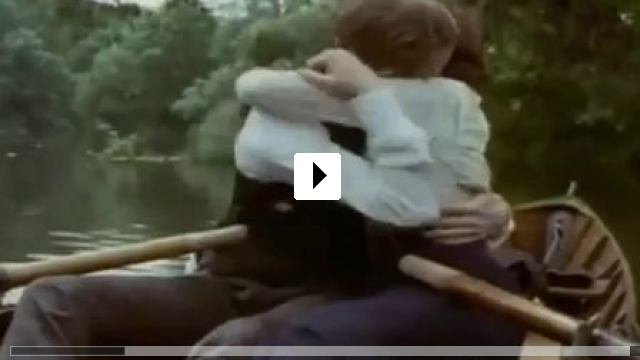 Zum Video: Wiedersehen in Howards End