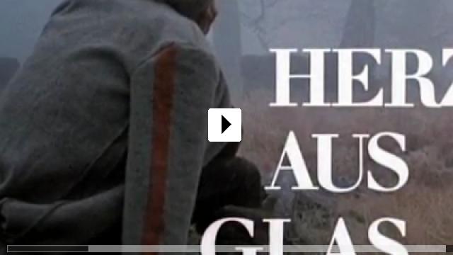 Zum Video: Herz aus Glas