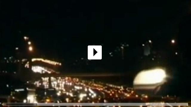 Zum Video: Men on the Bridge - Köprüdekiler