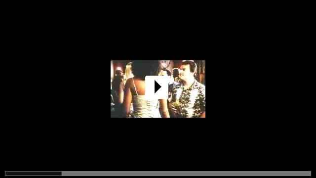 Zum Video: Schwer verliebt