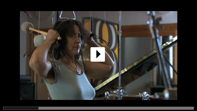 Zum Video: Sounds and Silence