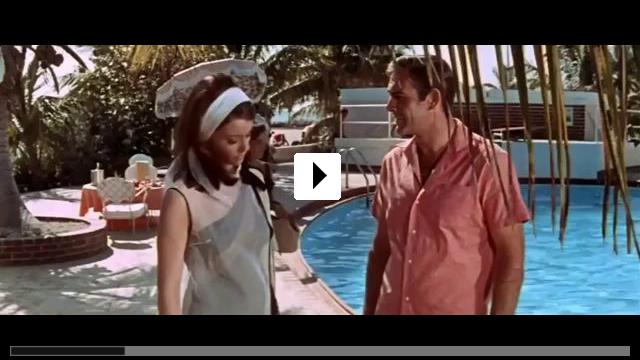 Zum Video: James Bond 007: Feuerball